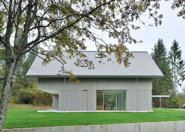 Minimalist-small home design in Alpine Slovenia