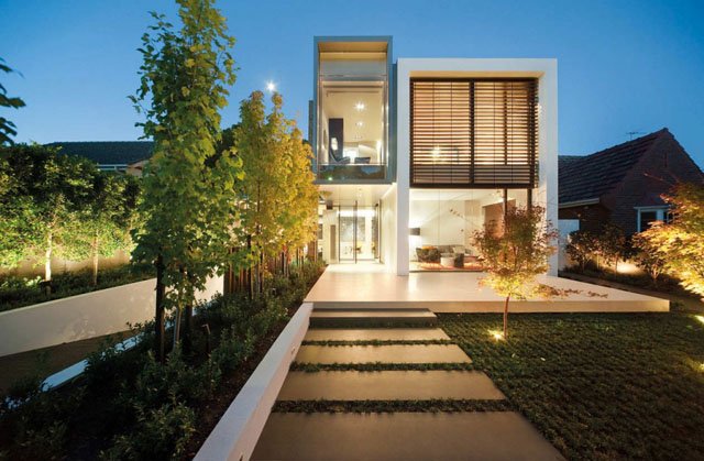 Two Storey Minimalist Hunter House